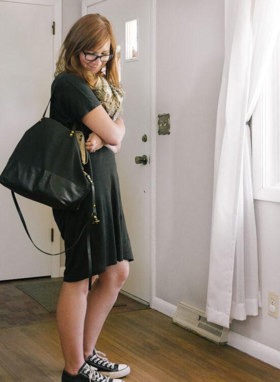 Karin Rambo of truncationblog.com gives her Review of the Everlane Linen Dolman Tee Dress