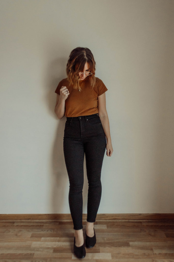 Everlane Denim Guide, Everlane Denim Review, The Best Skinny Jeans, Black Skinny Jeans, High Waisted Skinny Jeans