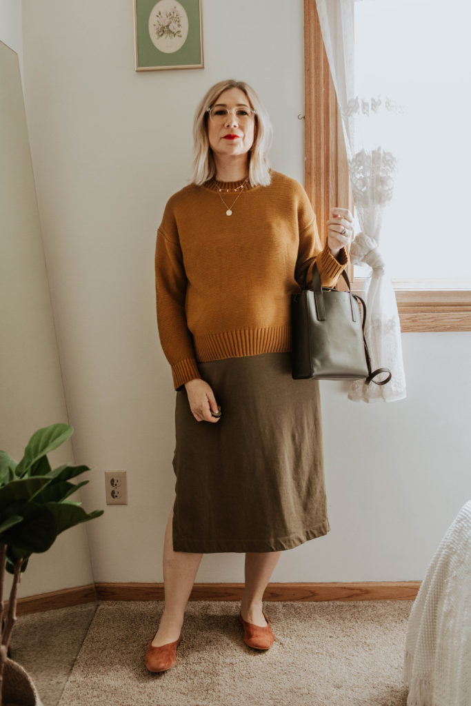 everlane link stitch crew neck sweater, everlane tee dress, everlane suede day flat, everlane mini day tote