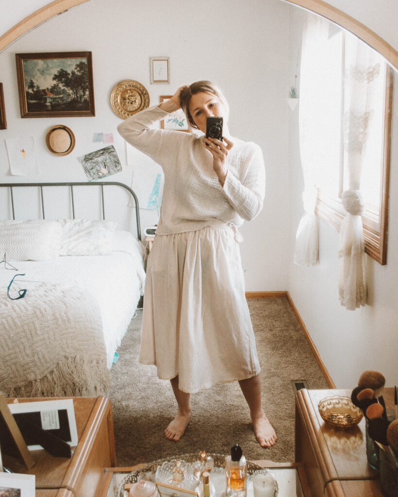 4 Lounge Wear Outfits That Will Keep You Feeling Cozy