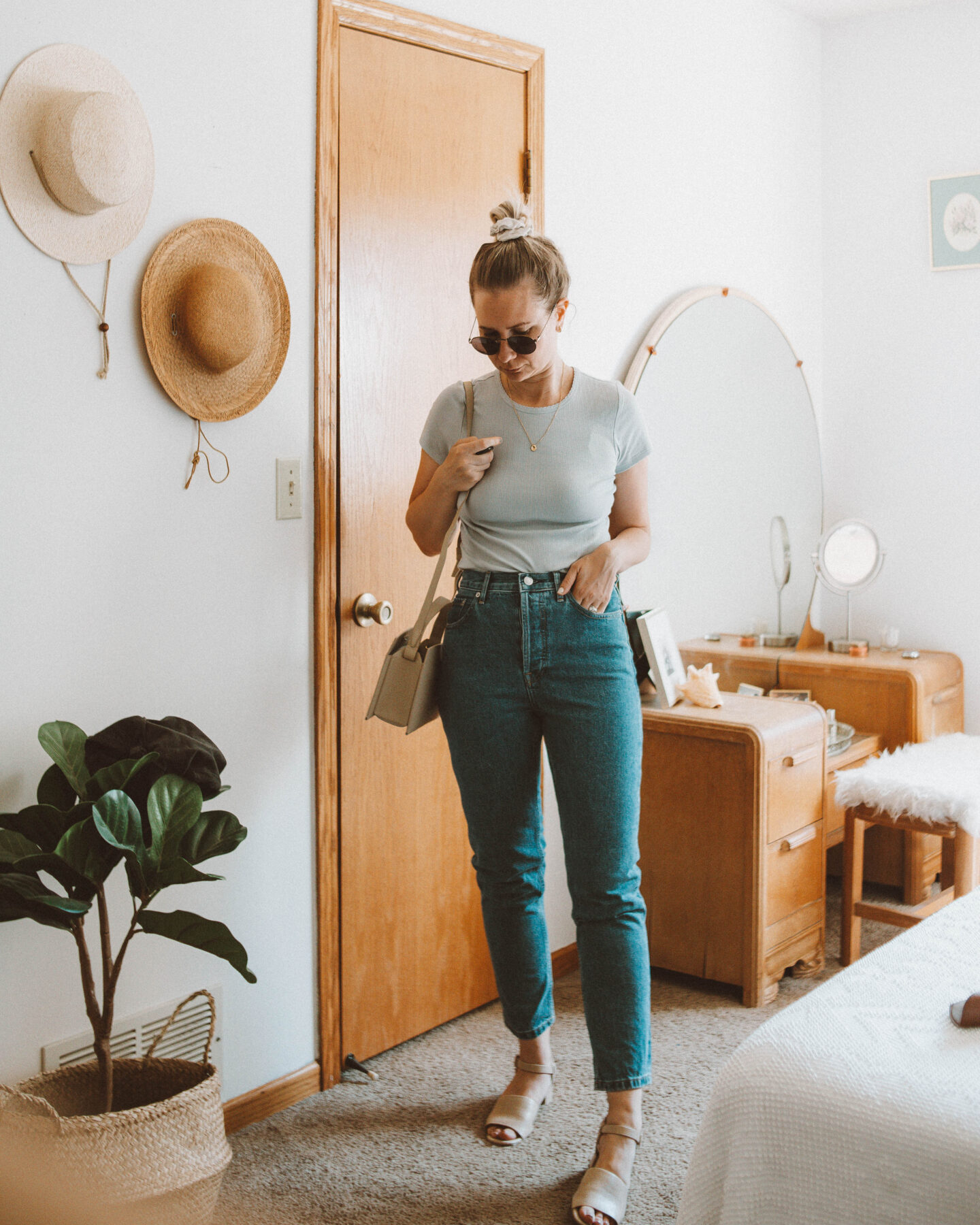 What's New at Everlane + 4 mini reviews, the selfie tee