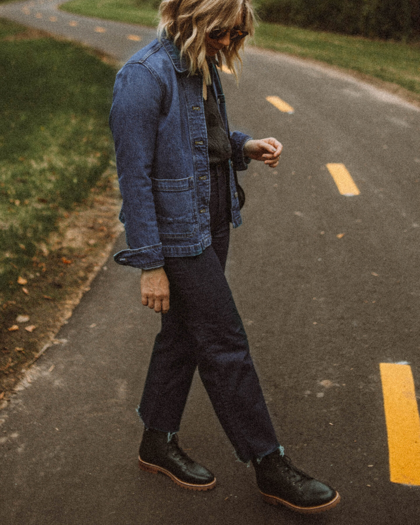 Fall Uniform: 3 Versions of My Go To Formula, madewell denim chore coat, madewell black lace up boots, vintage coach bag
