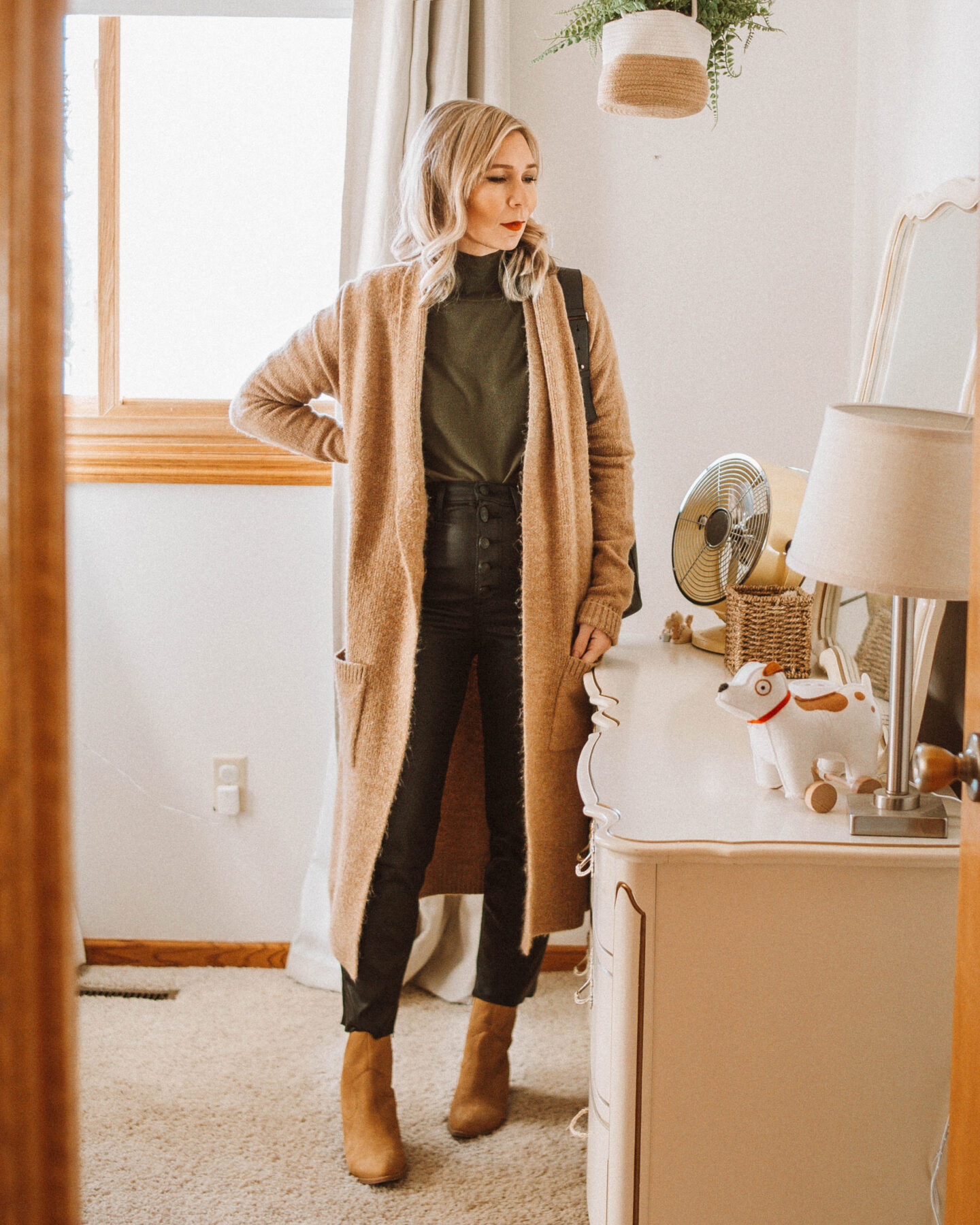 3 Holiday Looks with Coated Jeans, Duster Cardigan, Western Boots, Brown Booties, Black Coated Jeans, Turtleneck