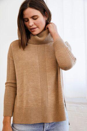 Amour Vert Adlenia Sweater