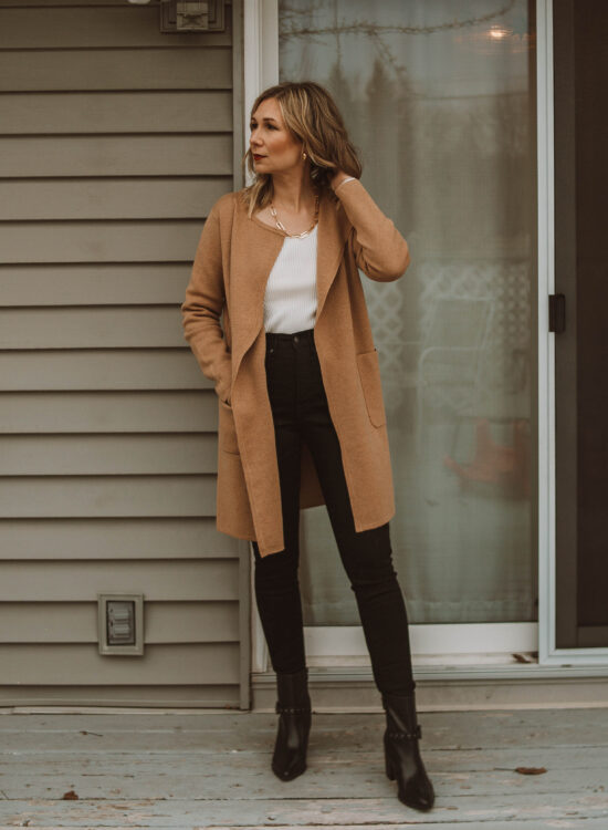 cozy at home christmas outfit ideas, black skinny jeans, camel cardigan, black heeled boots