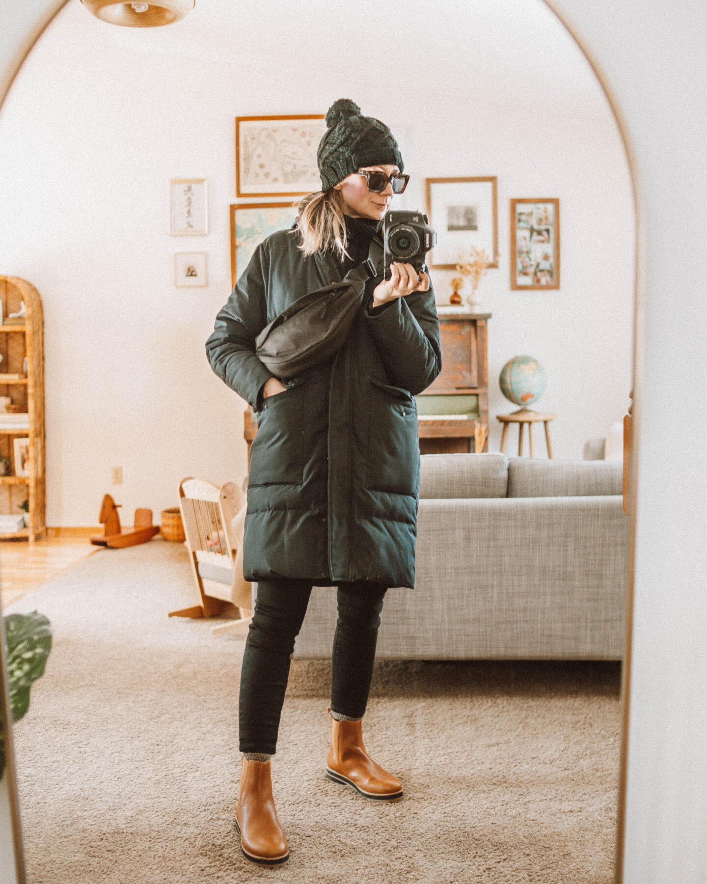 how to dress for cold weather, cold weather layers, black puffer coat