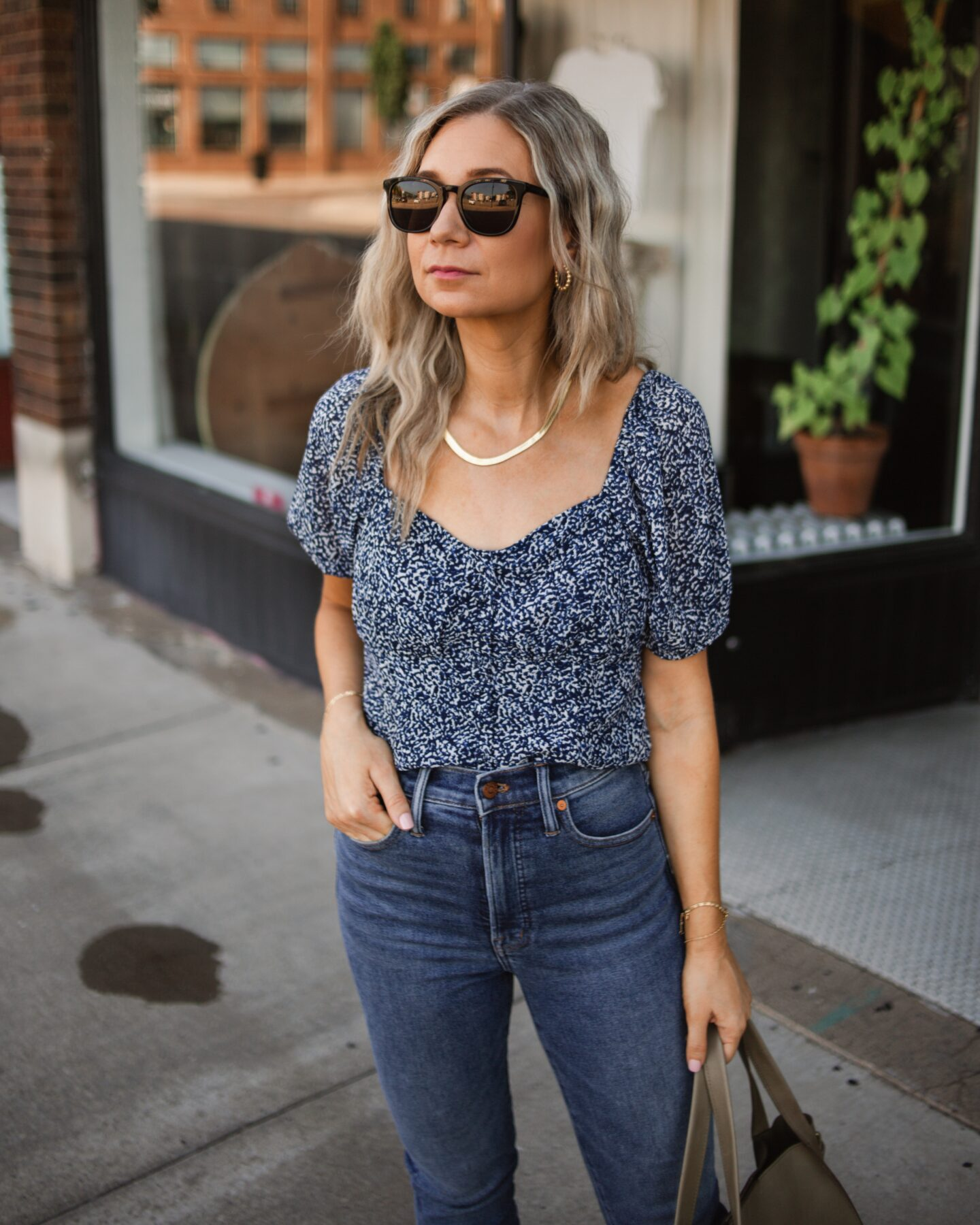 madewell perfect vintage jeans, madewell mules, madewell blouse, madewell bag, review